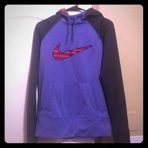 Nike thermafit pullover sweatshirt